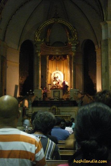 Quiapo Church altar