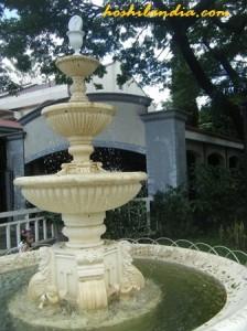 fountain at sta. clara