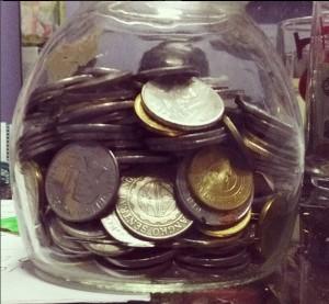 Money-Saving Glass Jar by Hoshilandia