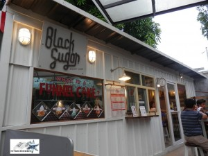 black-sugar-of-maginhawa-food-park-the-streat