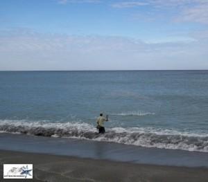 fishing-in-pundaquit-zambales-by-hitokirihoshi